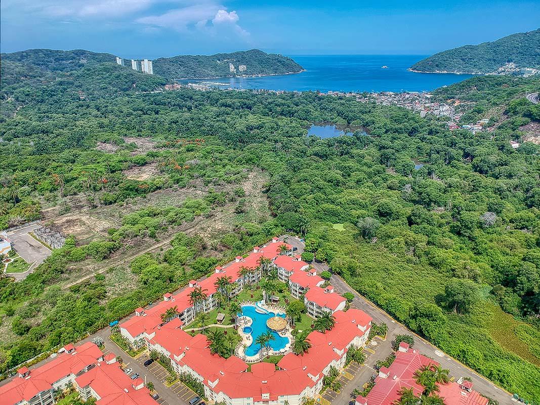 Diamonte Lakes, Acapulco, Mexico